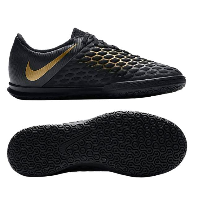 e765f84e Новая коллекция футбольной обуви Nike