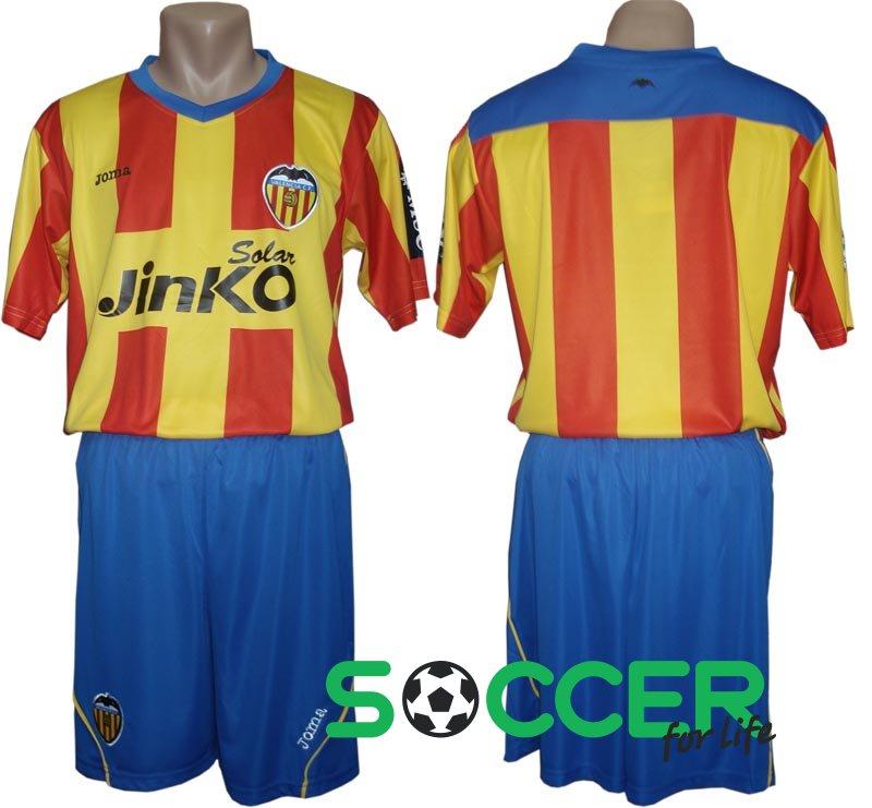 Футбольная форма Валенсия (Valencia) РАСПРОДАЖА цвет  желто-красно-синяя 26823babfa5